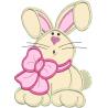 Coelha com laço rosa