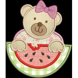 Ursa com melância